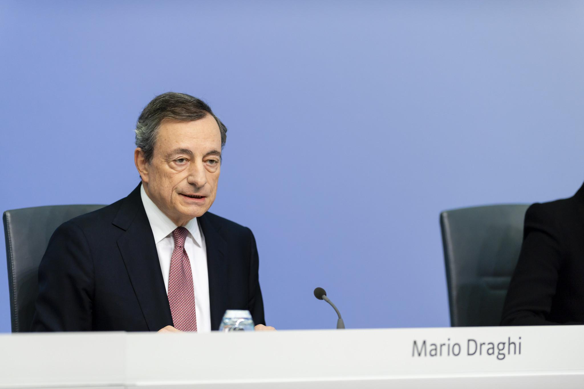 La conoscenza, il coraggio, l'umiltà: la lezione di Mario Draghi